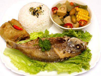 Paket Ikan Goreng + Nasi